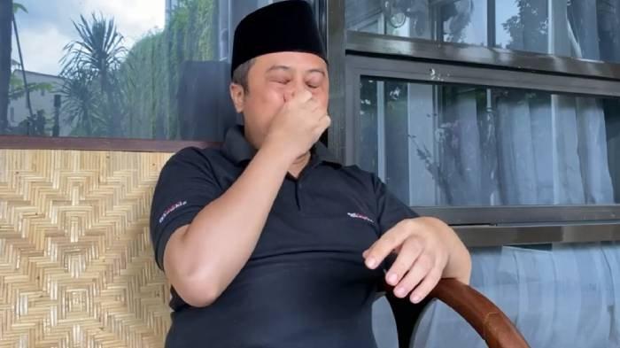 Ustaz Yusuf Mansur tak kuasa menahan tangis menyampaikan kabar duka Syekh Ali Jaber meninggal