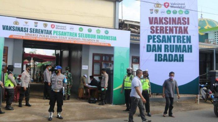 Forkopimda Kabupaten Malang Kawal Penyuntikan 500 Dosis Vaksin Covid-19 Bagi Santri