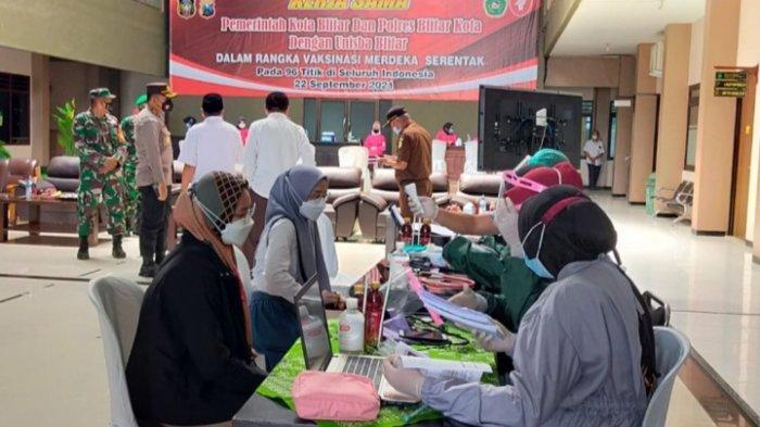 2000 Mahasiswa Kota Blitar Suntik Vaksin Covid-19 untuk Persiapan Kuliah Tatap Muka