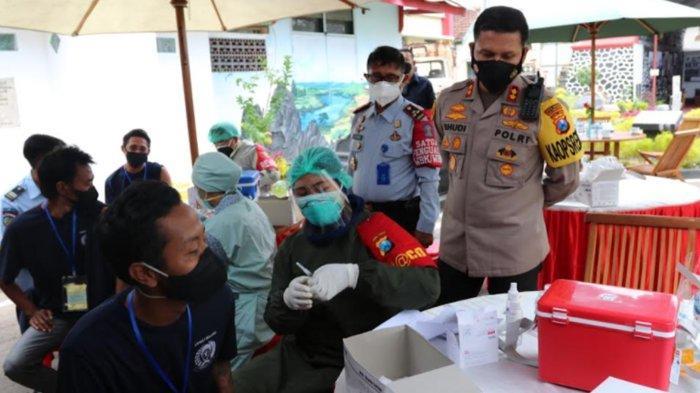 Polresta Malang Kota Gelar Serbuan Vaksinasi Covid-19 di Lapas Malang, Target 3000 Dosis
