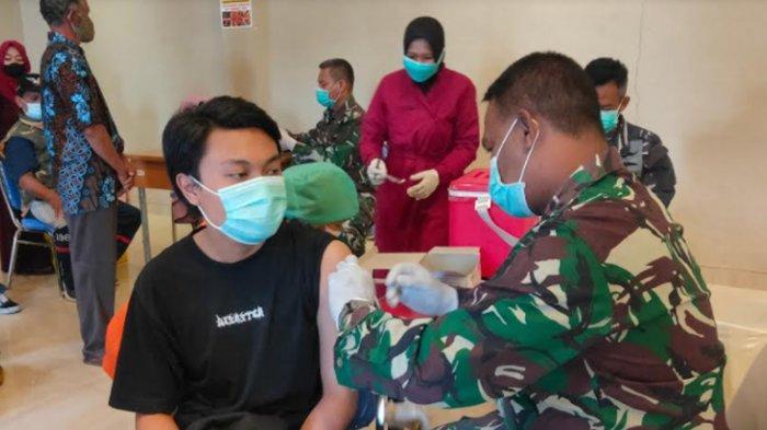 Lanal Malang Gelar Vaksinasi Covid-19 Massal bagi Masyarakat Umum