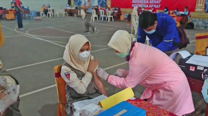 Siswa Madrasah dan Santri di Trenggalek Mulai Jalani Vaksinasi Covid-19