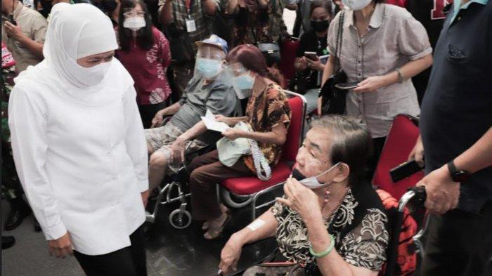 Vaksinasi Covid-19 Massal untuk Lansia Jatim Digeber Mulai Besok di Grand City, Perhatikan Caranya