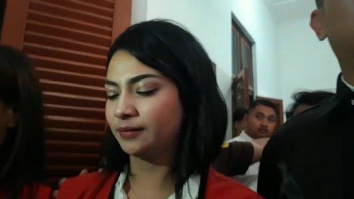 Hari Ini, Majelis Hakim PN Surabaya Rencana Jatuhkan Vonis Artis Vanessa Angel