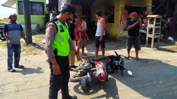 Honda Vario Berpenumpang 1 Keluarga Dihantam Truk di Pantura Tuban, Istri Tewas di TKP