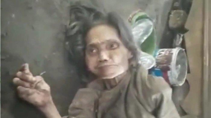 Cuplikan video viral Nenek Muntiah asal Lamongan