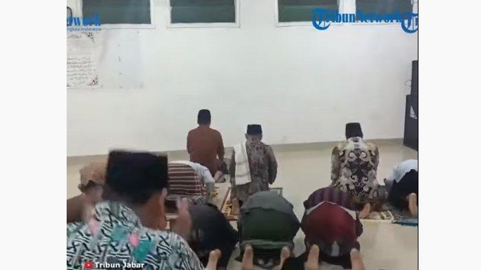 Viral Salat Tarawih 23 Rakaat Cuma 6 Menit, Tak Sembarang Orang Bisa Ikut dan Ada Syarat Soal Usia