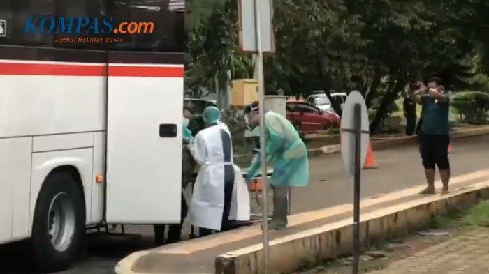 Viral Video Perawat Evakuasi Penumpang Bus yang Meninggal Jadi Heboh, Simak Hasil Pemeriksaan Dokter