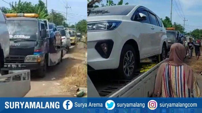 Viral warga Desa Sumurgeneng, Kecamatan Jenu, beli mobil ramai-ramai. Tampak saat mobil tiba bersamaan di desa itu