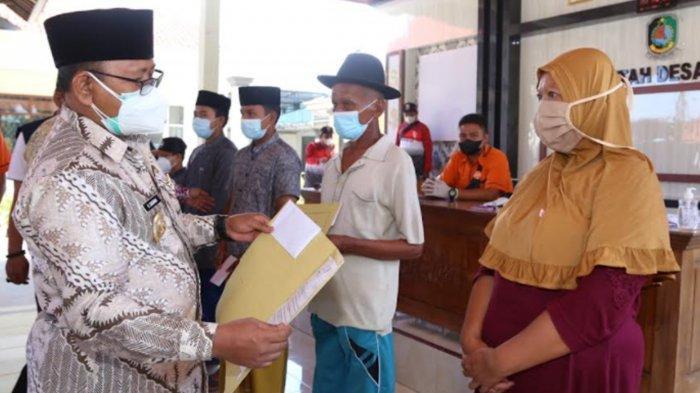 Penyaluran BST Kemensos ke Warga Terdampak Pandemi di Banyuwangi Capai 60 Persen