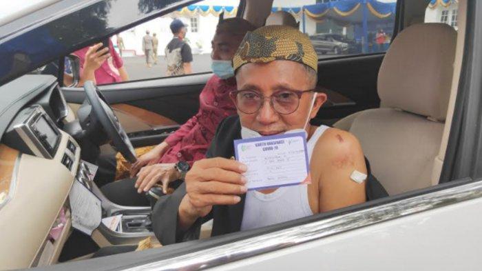 Ikut Vaksinasi Drive Thru, Begini Reaksi Wakil Ketua DPRD Kota Malang Abdurrahman