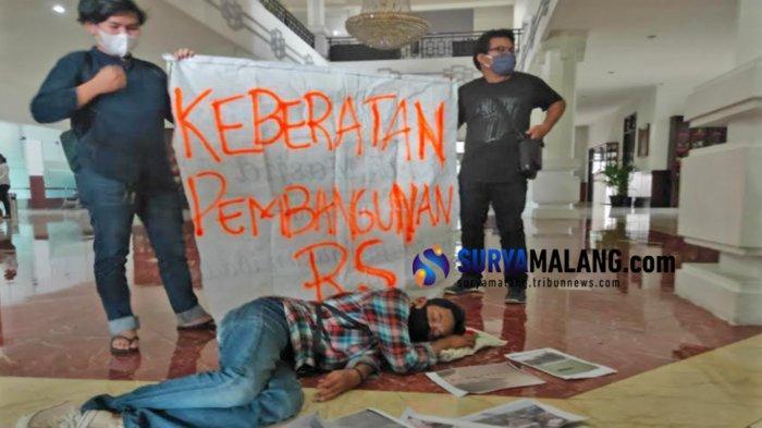 Demo ke Dewan, Warga Bethek Kota Malang Minta Pembangunan Rumah Sakit Dihentikan