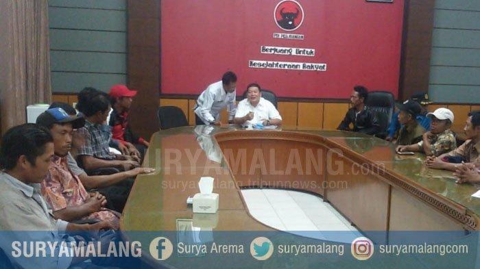 Lahan Sengketa Dijaga Brimob, Warga Desa Tegalrejo Datangi DPRD Kabupaten Malang