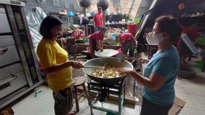 Pengusaha Tionghoa Suplai Paket Makanan bagi Warga Kota Mojokerto yang Isolasi Mandiri