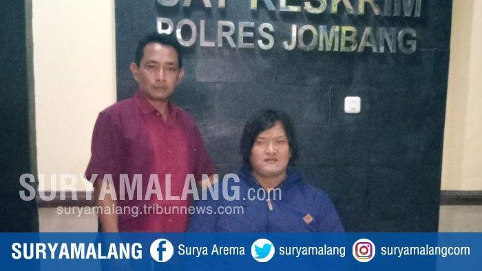 Ngaku Mampu Ambil Emas Secaga Gaib, Waria Asal Kediri Dibekuk Polisi Di Jombang
