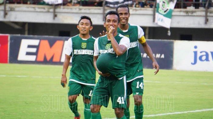 Irfan Jaya Masuk Daftar Pemain yang Perlu Diwaspadai Singo Edan dalam Laga Arema FC vs Persebaya