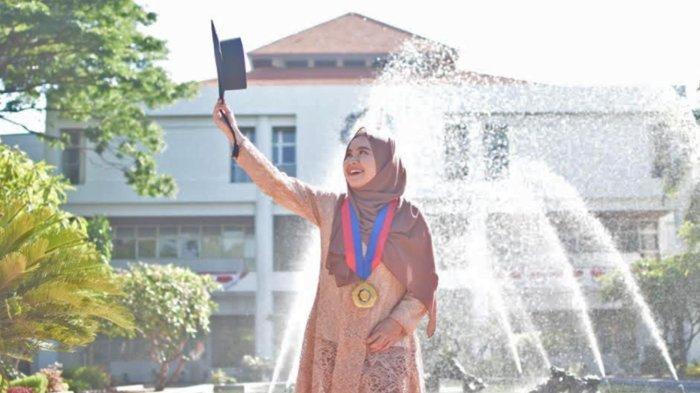 Potret Diva Kurnianingtyas, Alumni UB Malang yang Sukses Jadi Doktor Termuda ITS di Usia 24 Tahun