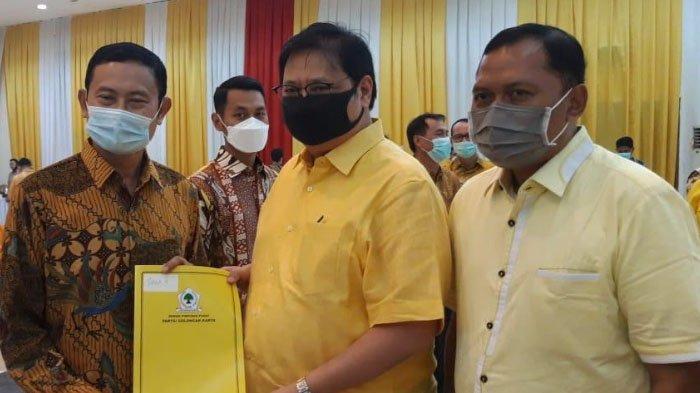 Partai Golkar Resmi Usung Yuhronur - Abdul Rouf di Pilbup Lamongan