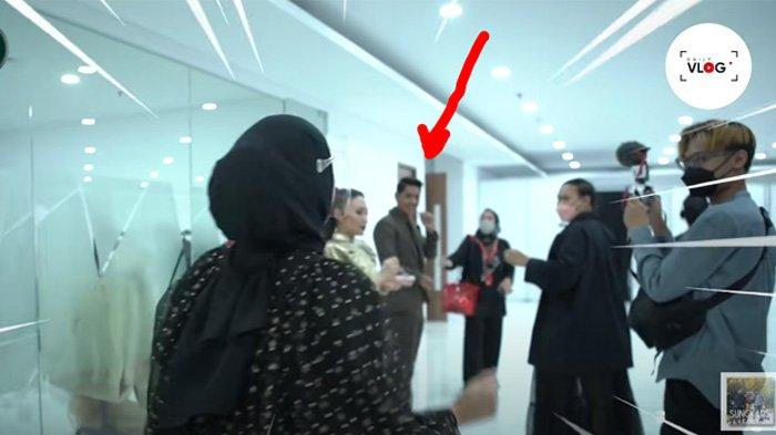 Zaskia Sungkar heboh bertemu Arya Saloka langsung minta foto