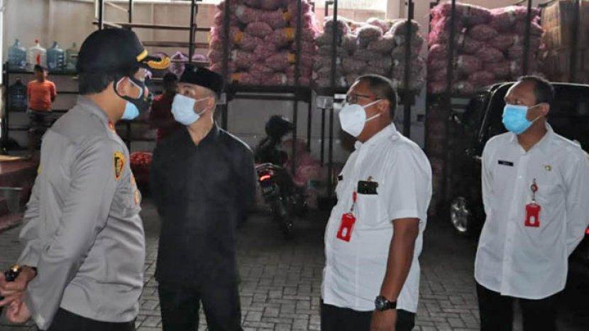 Kapolres Sebut Harga Sembako Di Kota Batu Stabil Jelang Natal Dan Tahun Baru 2021 Surya Malang