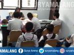 10-pelajar-yang-terjaring-razia-mendapat-pembinaan-di-kantor-satpol-pp-kota-blitar.jpg
