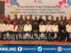 64-pendonor-meraih-penghargaan-dari-palang-merah-indonesia-di-hotel-santika-kota-malang.jpg