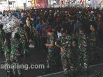 7500-tentara-surabaya-serbu-sembako-senilai-rp-150000-dijual-rp-50000.jpg