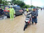 air-banjir-masih-genangi-jalanan-di-madiun.jpg