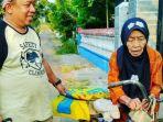 alah-satu-kegiatan-roel-mustafa-saat-tengah-membantu-para-janda-tua-dan-miskin_20171021_100100.jpg