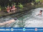 anak-anak-berenang-di-sumber-air-gemulo-kota-batu-minggu-1382017_20170813_195235.jpg