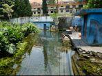 anak-anak-desa-bulukerto-mandi-di-genangan-air-dekat-sumber-mata-air-umbul-gemulo-kota-batu.jpg