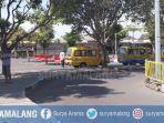 angkutan-umum-mogok-mengangkut-penumpang-di-jember-kamis-1292019.jpg