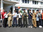 apel-pagi-sekaligus-launching-komunitas-lari-se-malang-raya-di-balai-kota-malang_20180417_113911.jpg