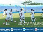 arema-fc-latihan-di-stadion-kanjuruhan-kabupaten-malang-untuk-liga-1-2020.jpg
