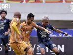 arema-fc-vs-bhayangkara-fc-di-laga-pekan-kedua-liga-1-2021-skor-1-1.jpg