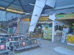 atap-ruang-tunggu-stasiun-pasar-turi-surabaya-ambruk.jpg