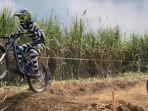 bandit-squad-racing-team-mencoba-lintasan-di-lapas-terbuka-sae-ngajum-kabupaten-malang.jpg