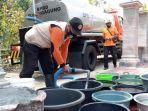 bantuan-air-bersih-kekeringan-bpbd-tulungagung.jpg