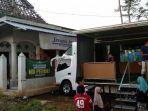 bantuan-berupa-mobil-musala-dari-nu-peduli-untuk-warga-terdampak-gempa-di-kabupaten-malang.jpg