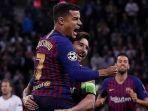 barcelona-philippe-coutinho-merayakan-gol-yang-dicetak-bersama-lionel-messi_20181004_135520.jpg