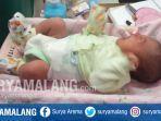 bayi-laki-laki-ditemukan-di-teras-rumah-di-desa-tambakrigadung-kecamatan-tikung-lamongan.jpg