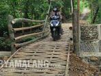 beredar-postingan-viral-jembatan-bambu-menggunakan-dana-apbd-sebesar-rp-1996-juta-di-ponorogo.jpg