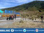bukit-teletubbies-savana-gunung-bromo_20170914_181341.jpg