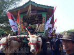 bupati-jember-faida-naik-pegon-watu-ulo-pegon-parade-2019.jpg