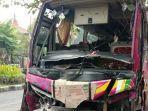 bus-tiara-mas-kecelakaan-di-perempatan-jalan-raya-ki-ageng-gribig-jalan-danau-toba-kota-malang.jpg