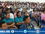 calon-pekerja-migran-indonesia-pmi-asal-kabupaten-malang_20180328_164828.jpg