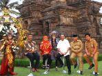candi-singosari-menteri-parawisata-arief-yahya-berfoto-bersama-gubernur-jawa-timur.jpg