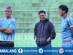 ceo-arema-fc-iwan-budianto-saat-mendampingi-tim-singo-edan-berlatih-di-stadion-gajayana_20180803_190156.jpg