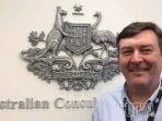 chris-barnes-konsul-jenderal-australia-di-surabaya_20180823_222250.jpg