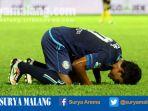 dedik-setiawan-striker-arema-fc-merayakan-gol_20170505_203522.jpg